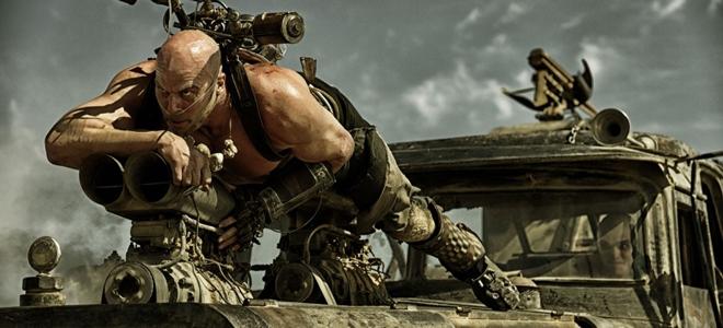 kinopoisk.ru-Mad-Max_3A-Fury-Road-2530291