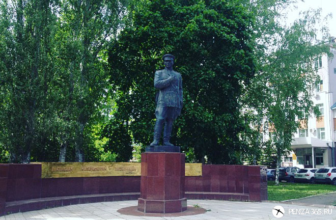 Памятник полицейским в пензе